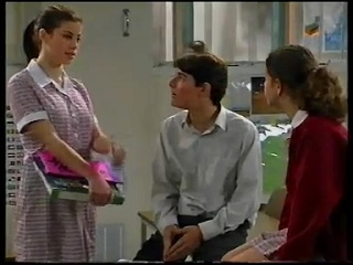 Anne Wilkinson, Paul McClain, Hannah Martin in Neighbours Episode 3142