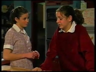 Anne Wilkinson, Hannah Martin in Neighbours Episode 3142