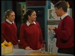 Amy Greenwood, Hannah Martin, Lance Wilkinson in Neighbours Episode 3143