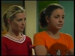 Amy Greenwood, Hannah Martin in Neighbours Episode 3143