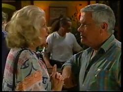 Madge Bishop, Lou Carpenter in Neighbours Episode 3143