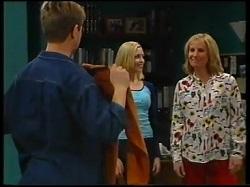 Lance Wilkinson, Amy Greenwood, Ruth Wilkinson in Neighbours Episode 3144