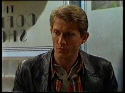 Mike Healy in Neighbours Episode 3171