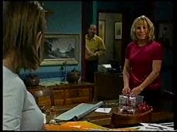 Anne Wilkinson, Philip Martin, Ruth Wilkinson in Neighbours Episode 3171