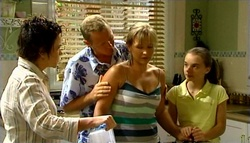 Lyn Scully, Max Hoyland, Steph Scully, Summer Hoyland in Neighbours Episode 4754