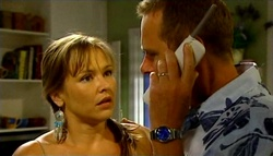 Steph Scully, Max Hoyland in Neighbours Episode 4754