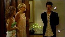 Serena Bishop, Sky Mangel, Stingray Timmins in Neighbours Episode 4754