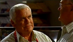 Lou Carpenter, Harold Bishop in Neighbours Episode 4754