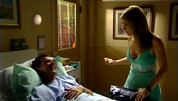 Paul Robinson, Izzy Hoyland in Neighbours Episode 4758