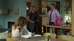 Sonya Mitchell, Steph Scully, Toadie Rebecchi in Neighbours Episode 7530