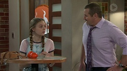 Willow Somers (posing as Willow Bliss), Toadie Rebecchi in Neighbours Episode 7530