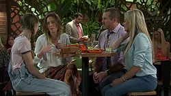 Willow Somers (posing as Willow Bliss), Sonya Rebecchi, Toadie Rebecchi, Andrea Somers (posing as Dee) in Neighbours Episode 7530