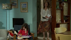 Nell Rebecchi, Sonya Mitchell in Neighbours Episode 7531