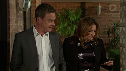 Paul Robinson, Terese Willis in Neighbours Episode 7533