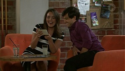 Paige Novak, David Tanaka in Neighbours Episode 7535