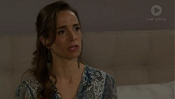 Victoria Lamb in Neighbours Episode 7537