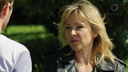 Mark Brennan, Steph Scully in Neighbours Episode 7539