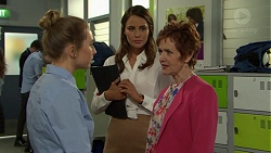 Piper Willis, Elly Conway, Susan Kennedy in Neighbours Episode 7542