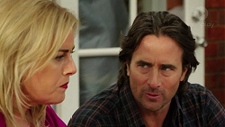 Lauren Turner, Brad Willis in Neighbours Episode 7542