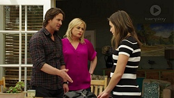 Brad Willis, Lauren Turner, Paige Novak in Neighbours Episode 7542
