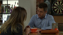 Sonya Mitchell, Mark Brennan in Neighbours Episode 7542