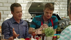 Paul Robinson, Gary Canning in Neighbours Episode 7543