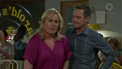 Lauren Turner, Paul Robinson in Neighbours Episode 7544