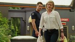 Mark Brennan, Ellen Crabb in Neighbours Episode 7544