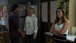 Brad Willis, Lauren Turner, Paige Novak in Neighbours Episode 7546