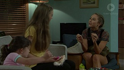 Nell Rebecchi, Willow Bliss, Piper Willis in Neighbours Episode 7547