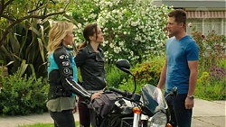 Steph Scully, Victoria Lamb, Mark Brennan in Neighbours Episode 7548