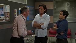 Karl Kennedy, Leo Tanaka, David Tanaka in Neighbours Episode 7549