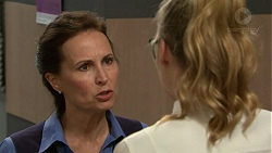Olive Murray, Xanthe Canning in Neighbours Episode 7549