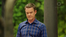 Paul Robinson in Neighbours Episode 7549