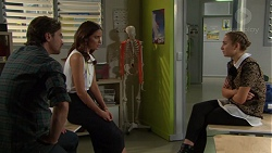 Brad Willis, Elly Conway, Piper Willis in Neighbours Episode 7550
