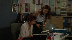 Susan Kennedy, Elly Conway in Neighbours Episode 7551