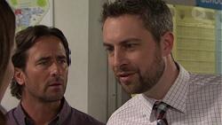 Brad Willis, Wayne Baxter in Neighbours Episode 7552
