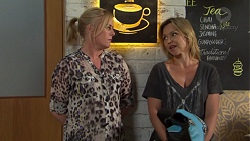 Lauren Turner, Steph Scully in Neighbours Episode 7552