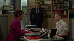 Susan Kennedy, Toadie Rebecchi, Piper Willis in Neighbours Episode 7552