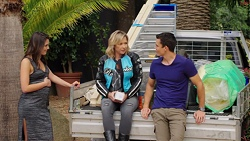 Paige Novak, Steph Scully, Jack Callaghan in Neighbours Episode 7552