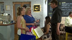 Xanthe Canning, Sheila Canning, Gary Canning in Neighbours Episode 7553