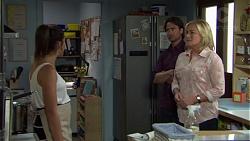 Paige Smith, Brad Willis, Lauren Turner in Neighbours Episode 7555