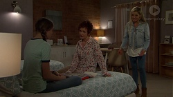 Willow Bliss, Susan Kennedy, Dee Bliss in Neighbours Episode 7556
