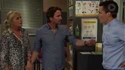 Lauren Turner, Brad Willis, Jack Callahan in Neighbours Episode 7558