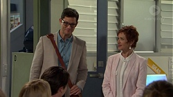 Finn Kelly, Susan Kennedy in Neighbours Episode 7558