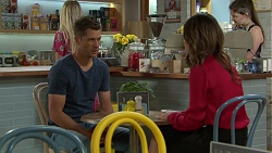 Mark Brennan, Elly Conway in Neighbours Episode 7559