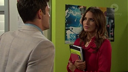 Finn Kelly, Elly Conway in Neighbours Episode 7559