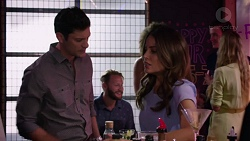 Finn Kelly, Elly Conway in Neighbours Episode 7560