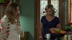 Sonya Mitchell, Steph Scully in Neighbours Episode 7562