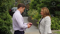 Aaron Brennan, Terese Willis in Neighbours Episode 7565